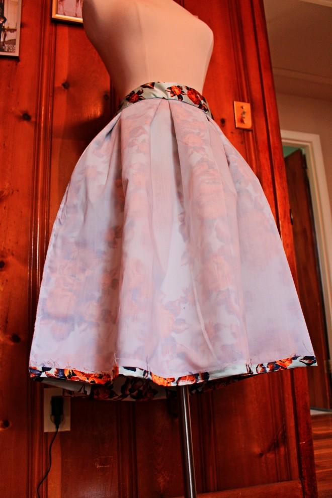 underlining on skirt